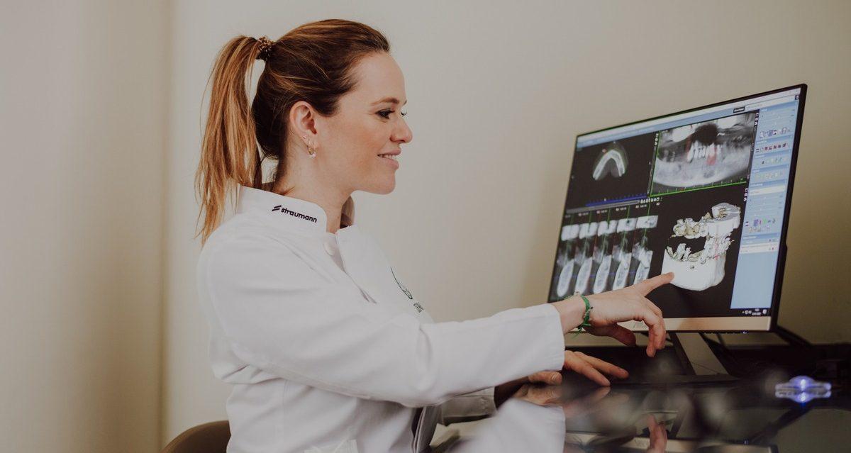implantes dentários clinica dentaria Porto