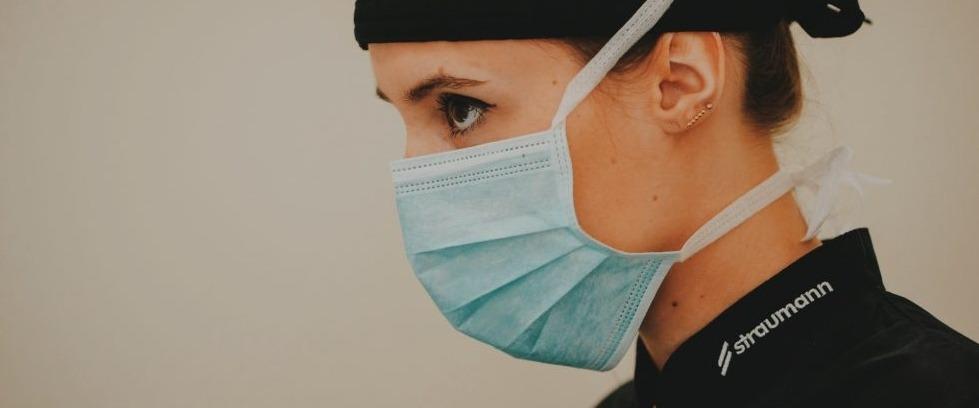 Dra. Mónica dor de dentes